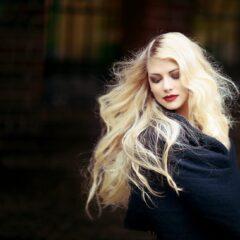 Nasveti za bolj goste lase – kaj lahko naredite sami?